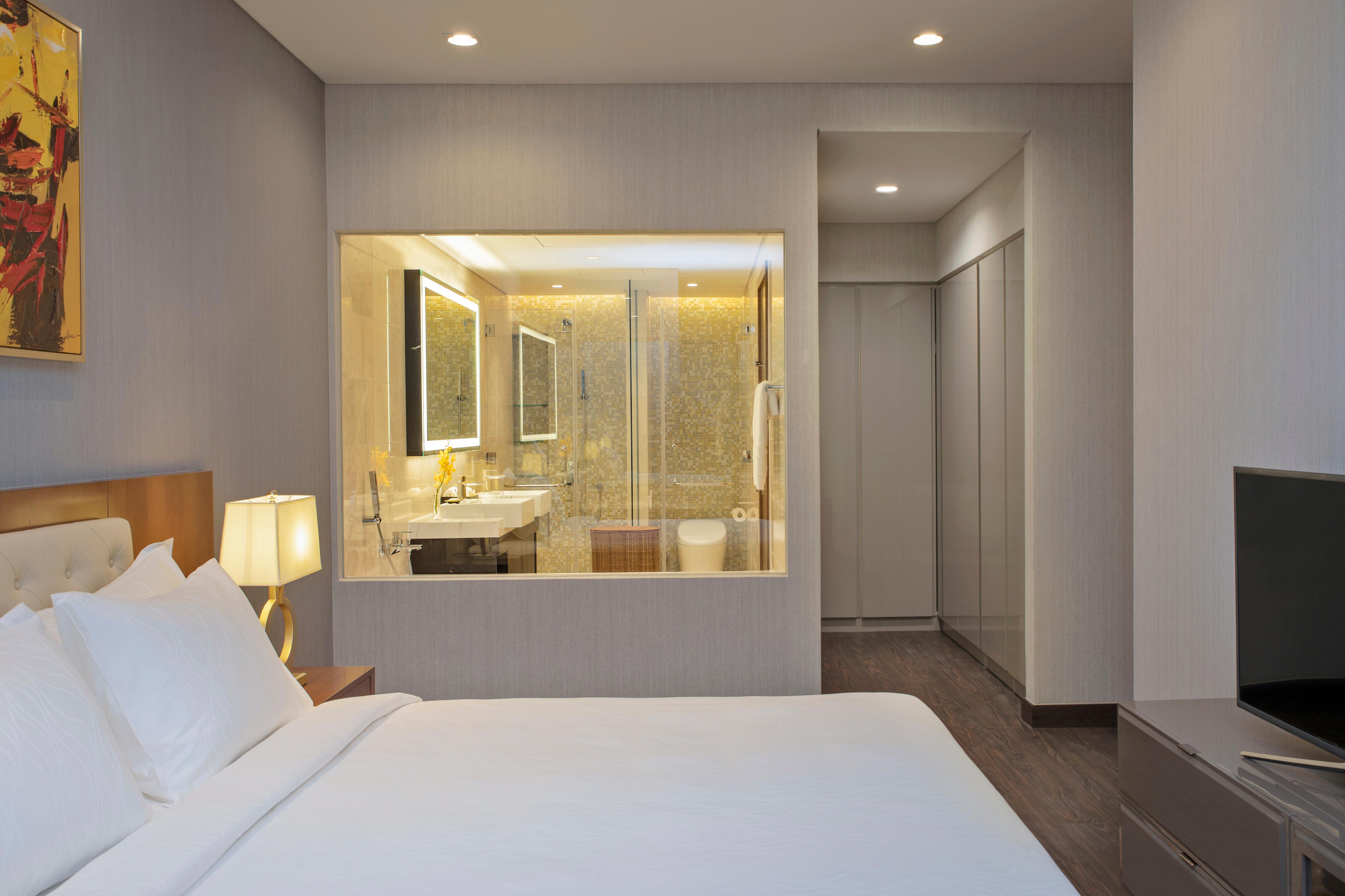 SSHCMCGT_-Grand-Two-Bedroom-Master